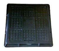 Люк пластмассовый квадратный 680х680х80 с замком (черный)