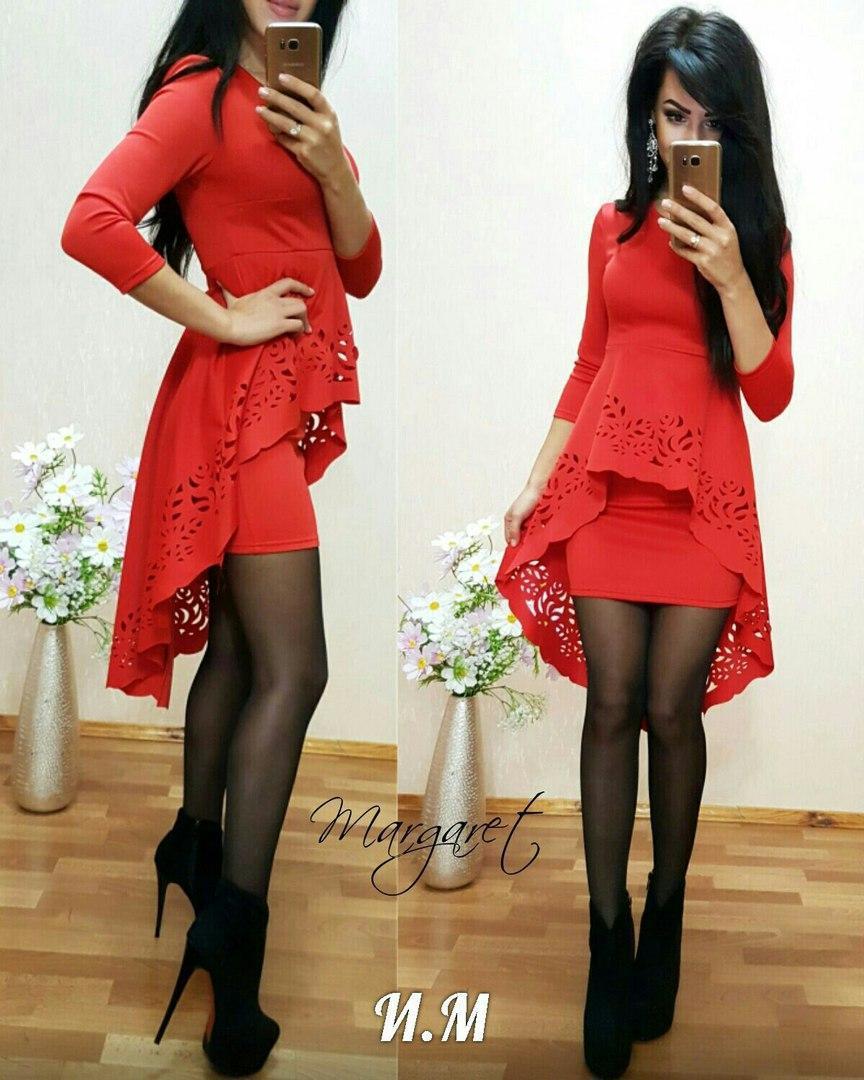Вечернее платье с двойной юбкой и перфорацией   продажа daf9ff3e4ba8f