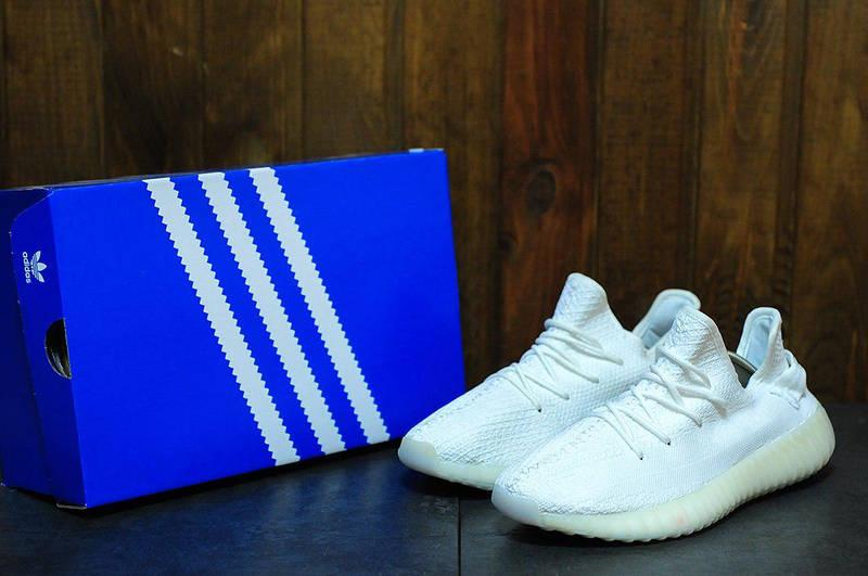 ÐÑжÑкие кÑоÑÑовки Adidas Yeezy Boost 350 White, ÑоÑо 2