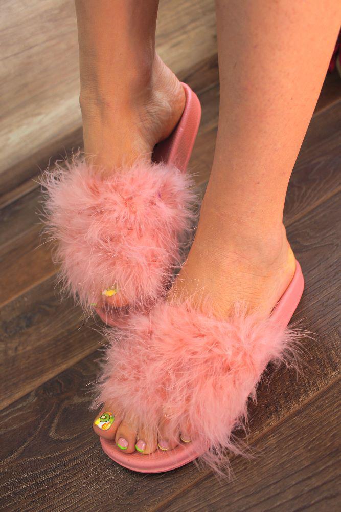 """Шлепанцы """"Pink Fuzzy""""(шлепки пухнастые, лето, удобно)"""