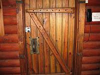 """Двери под старину наборные с коробкой без склейки для саун """"Банька""""."""