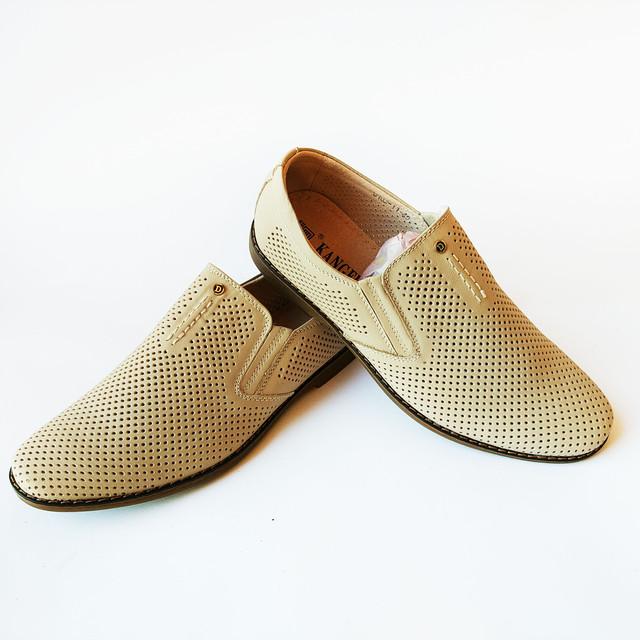 Дешевая летняя кожаная мужская обувь из Китая бежевые туфли, под ложку недорого