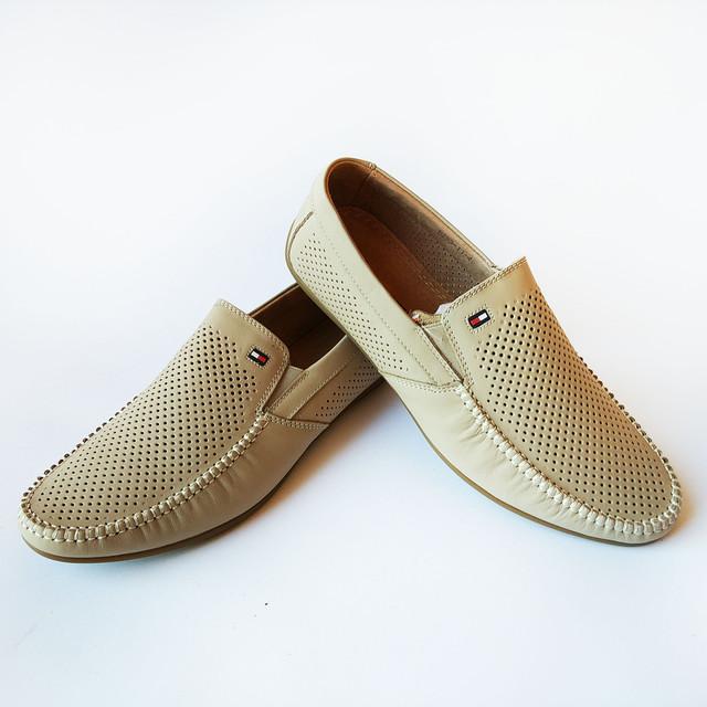 Кожаная мужская летняя обувь из Китая бежевые мокасины, под ложку, повседневные, недорого
