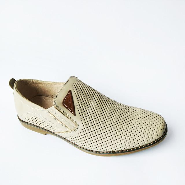Недорогая летняя мужская обувь кожаные туфли, бежевого цвета, под ложку, производитель Китай