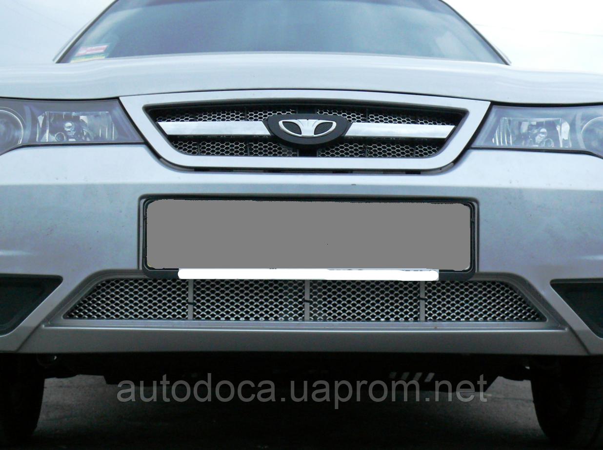 Декоративно-защитная сетка радиатора Daewoo Nexia фальшрадиаторная решетка, бампер