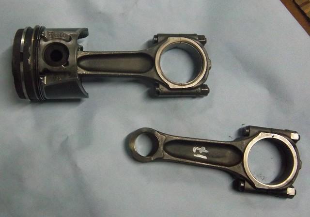 Шатун Fiat Scudo, Citroen Jumpy 2,0HDI 2008