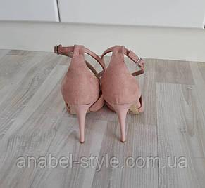 Босоножки замшевые с переплетом на шпильке цвета пудры острый закрытый носочек  Код 1620, фото 2