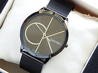 Кварцевые наручные часы Calvin Klein черного цвета на кольчужном браслете, фото 1