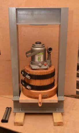 Маслопресс объем 3 литра с полной комплектацией, рамой и домкратом