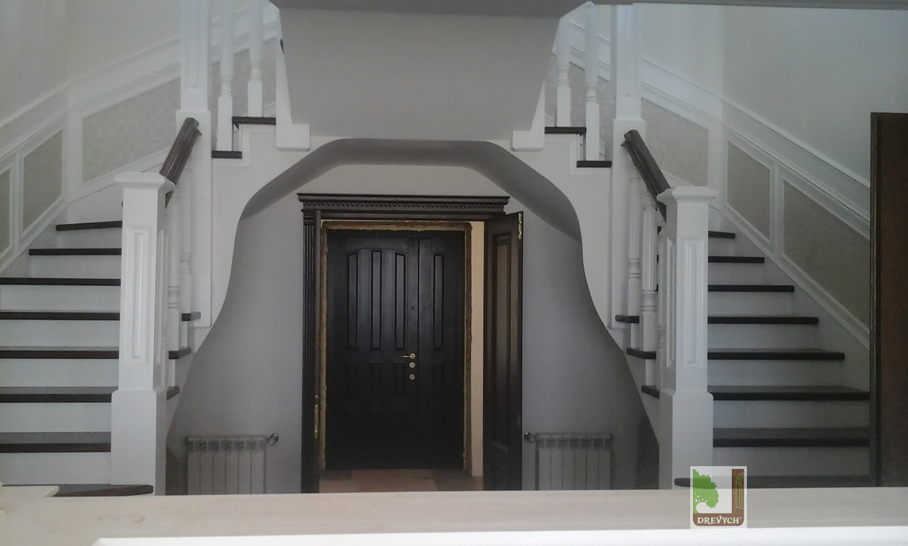 Індивідуальне виготовлення сходів з дерева