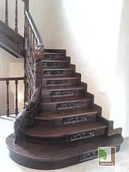 Декоративні дерев'яні сходи