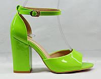 Босоножки женские, зеленые, однотонные, каблук - 9.5 сантиметров. Размеры 36, 37, 38, 39, 40. Gimave 839.