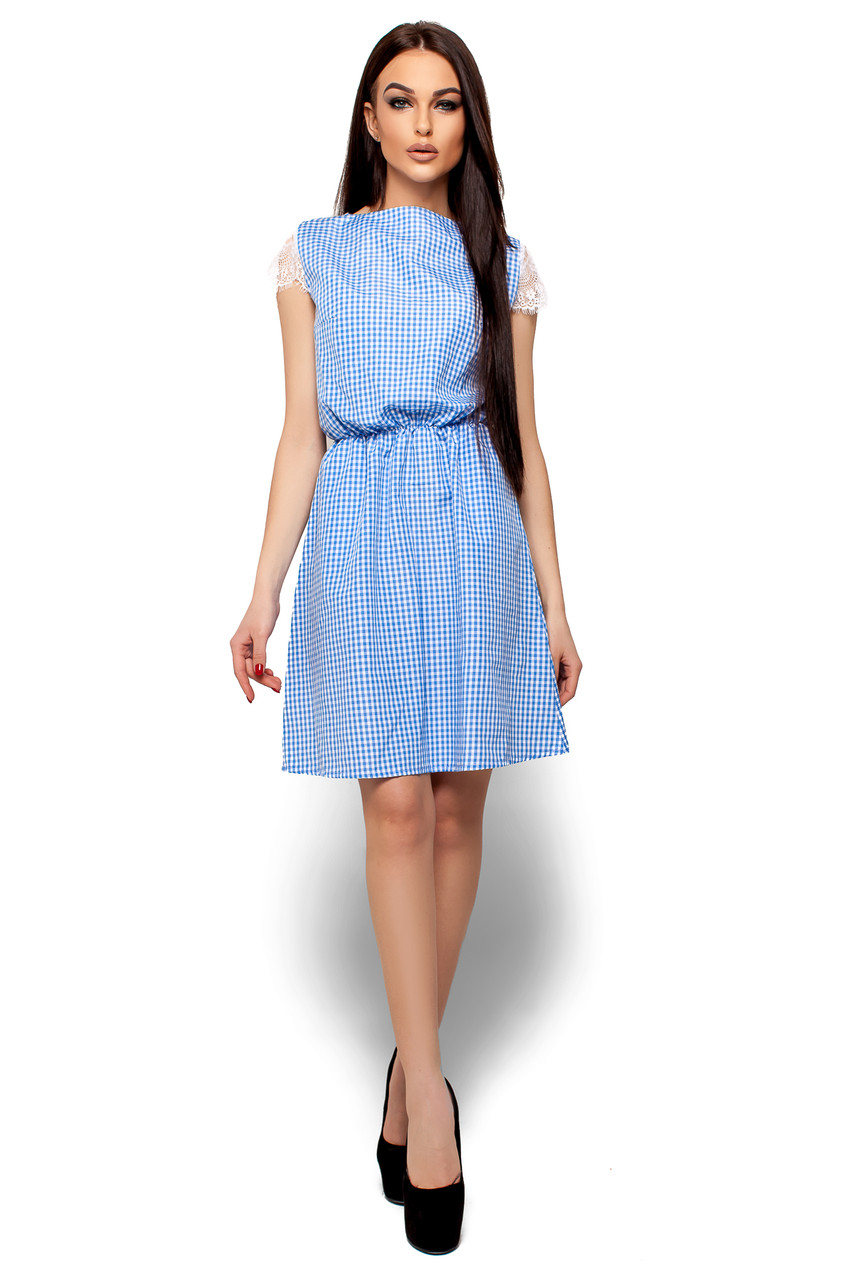 Летнее платье короткое талия на резинке рукав короткий кружевной в клетку голубое