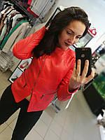Кожаная куртка, удлиненная, цвет - красный