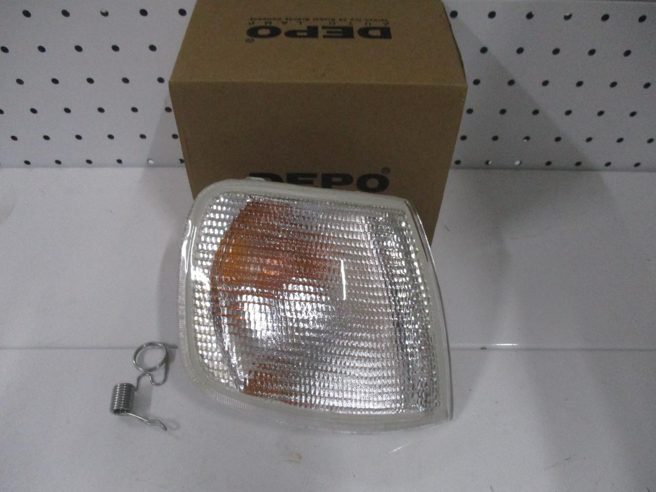 Указатель поворота правый белый DEPO 431-1503R-UE-C FORD SIERRA ->90