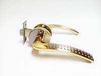 Ручка дверная межкомнатная с защелкой на кругу Мила сатин золото