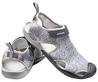 Сандалии , босоножки Crocs  Swiftwater Graphic Mesh Sandal