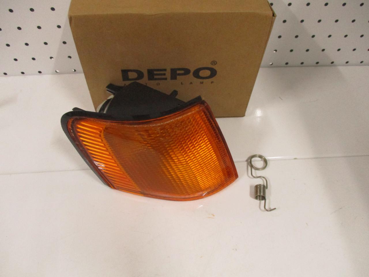 Покажчик повороту правий жовтий DEPO 431-1513R-UE FORD SCORPIO 83-90