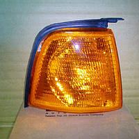 Указатель поворота правый(желтый) на Audi 80,Ауди 86-91