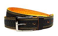 Черный мужской кожаный ремень Masco с узором и желтой строчкой