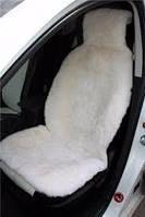 Авточехол из овечей шкуры с подголовником белый