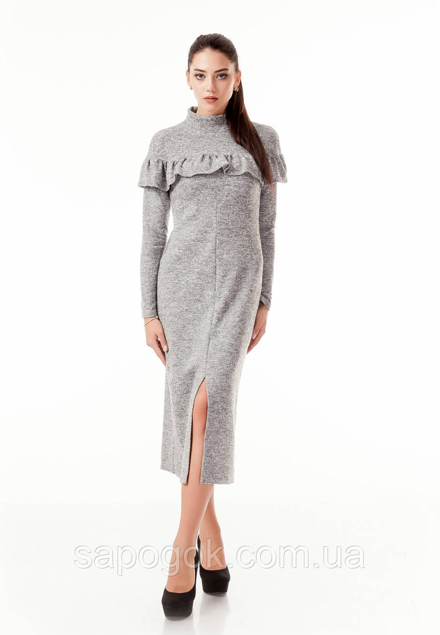 Длинное платье с рюшей. П_103