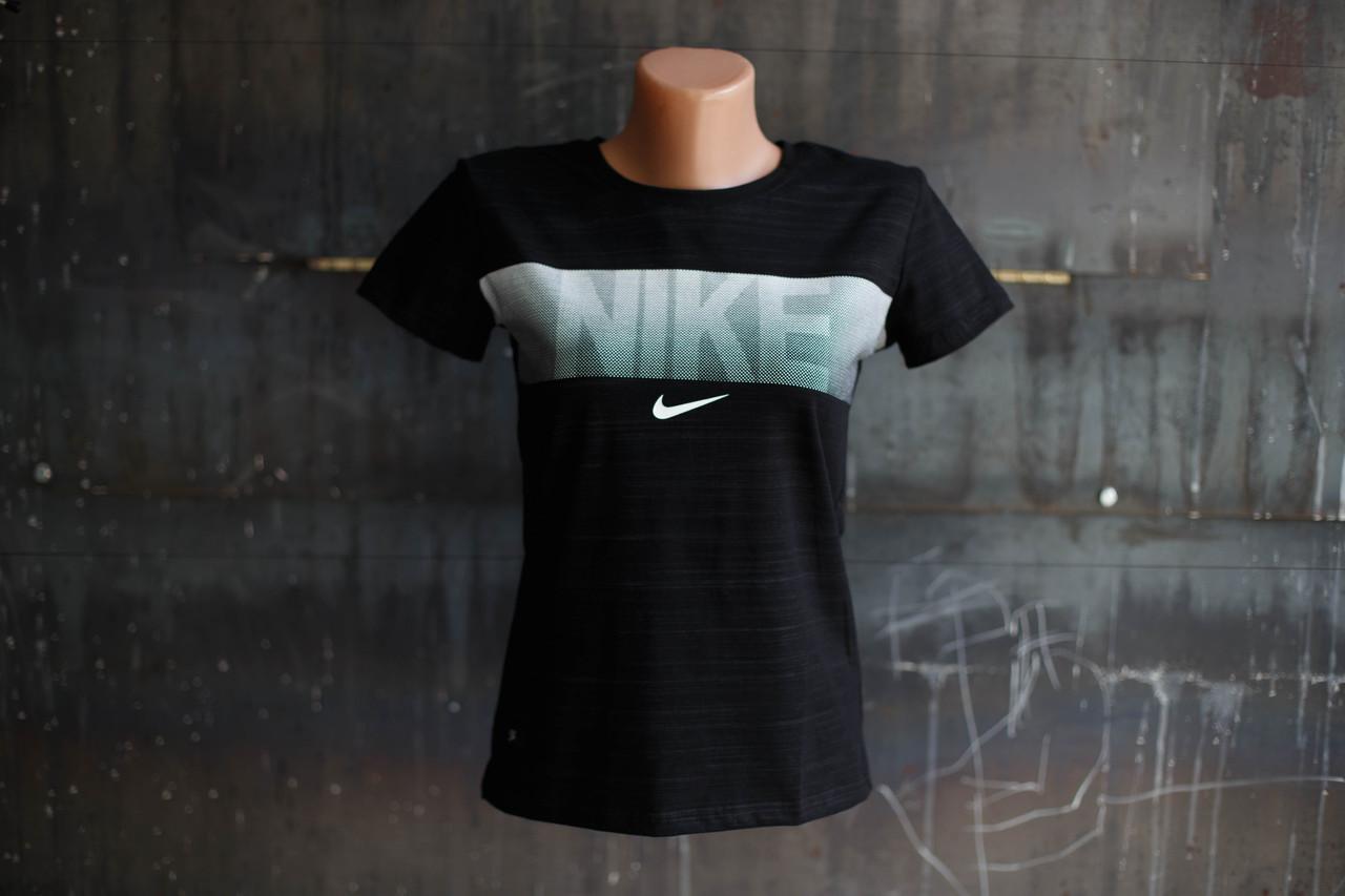 Футболка женская Nike.черная,белый логотип