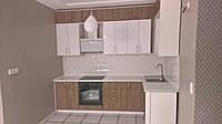 Стильная кухня под потолок