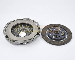 Комплект сцепления на Renault Master II 2000->2010 2.2dCi+2.5dCi- Borg & Beck (Великобритания)- HK2411