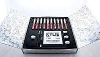 Набор декоративной косметики в стиле Kylie Holiday Edition Set