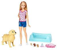 Игровой набор Кукла Барби Блондинка с собакой и новорожденными щенками Barbie Newborn Pups Doll & Pets Playset