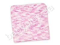 Плед бело-розовый ручной вязки. Размер 95х109.