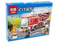 Конструктор пожарная машина, фигурки, 239 деталей, в коробке