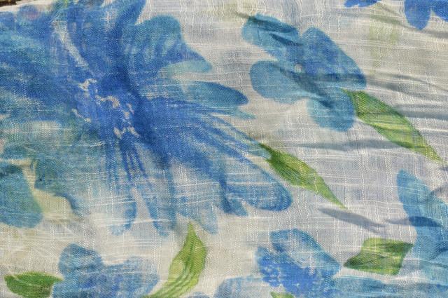 Женский голубой шарф из льна фото 3