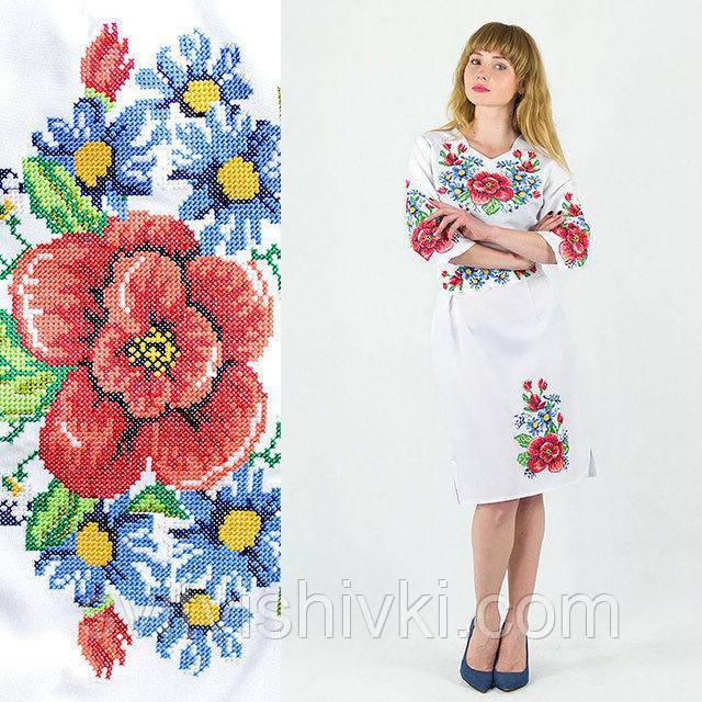 Вишите жіноче плаття з неповторною вишивкою