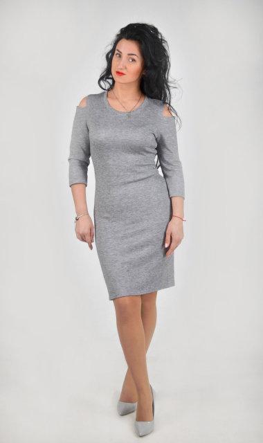 Стильное летнее платье серого цвета (размер 44-48)