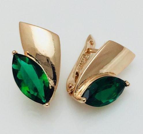Серьги с зеленым камнем ювелирная бижутерия