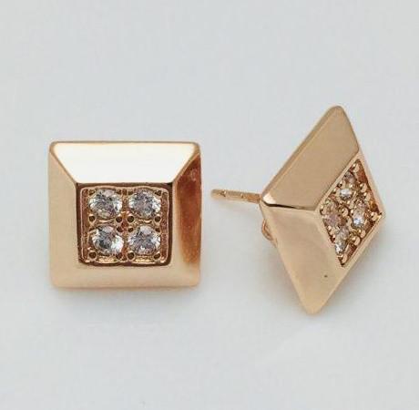 Серьги гвоздик квадратные ювелирная бижутерия
