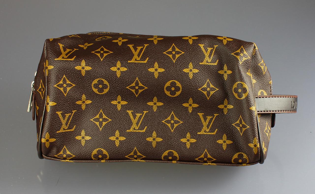 a469273d8568 ... Женская косметичка Louis Vuitton оптом. {есть:черный,коричневый}, фото  4 ...