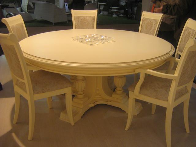 столы из массива натурального дерева фото