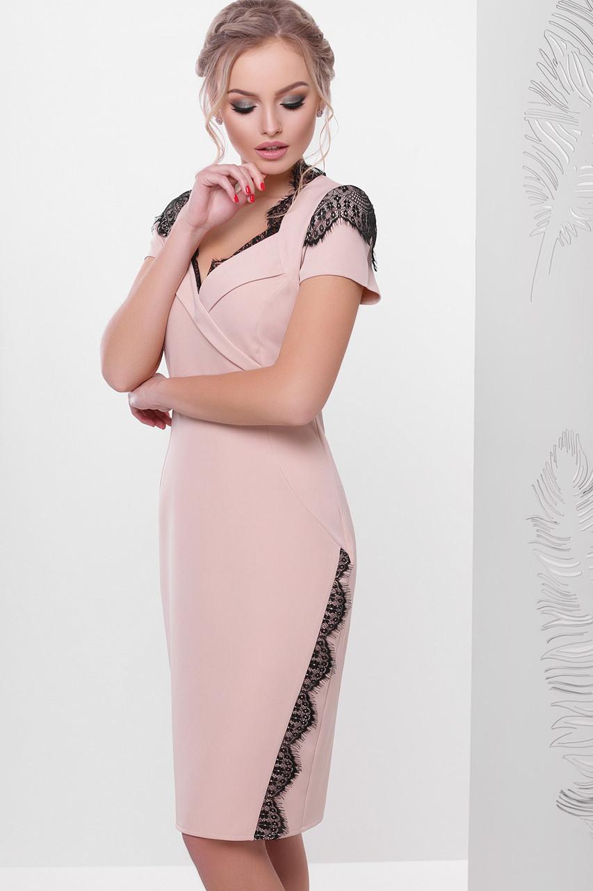 1f065d45f130508 Элегантное персиковое платье до колен с коротким рукавом и черным кружевом  Светла к/р -