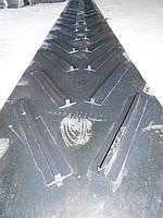Рифление конвейерной ленты предназначено для повышения производительности конвейера при работе под наклоном. В случае применения шевронной конвейерной ленты, транспортировка груза возможна под углами до 45°.