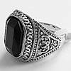 Мужской перстень с камнем (под серебро). Размеры 18, 19, 20.