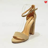 Женские замшевые босоножки на каблуке, фото 1