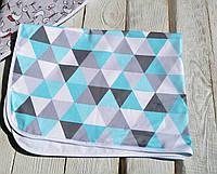 """Непромокаемая пеленка 50х70 см """"Треугольники"""" двухсторонняя 1 шт"""