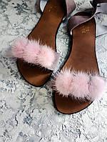 Босоножки женские сандалии замшевые с помпонами норки цвет пудра маленьких и больших размеров 34 35 41 42