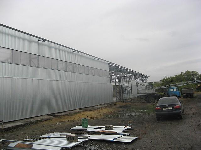 Строительство ангаров в  Луганске