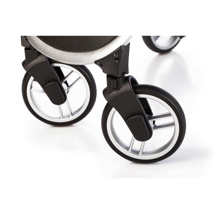 колеса в прогулочной коляске каррело