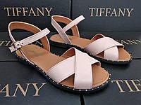Женские кожаные босоножки  сандалии TIFFANY на танкетке платформе оптом подошве с гвоздями