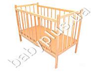 Детская кроватка деревянная на ножках, зафиксированы боковины (Дерево - ольха, отшлифована, не лакированна. Дно - ДВП, 120х60)